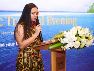 Yonnina, the Pacific scholarship student representative